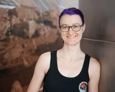 """Christiane Heinicke präsentiert ihr Labormodul, eins von sechs weiteren, die folgen sollen. Jan Wörner hielt eine Key Note zum Thema Exploration anlässlich der Präsentation der ersten Forschungsergebnisse von """"MaMBA""""."""