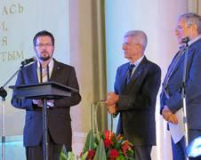 ZARM Wissenschaftler Dr.-Ing. Benny Rievers gemeinsam mit COSPAR-President Giovanni Bignami und COSPAR Bureau Member Lev Zelenyi