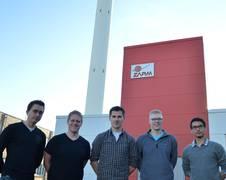 Die Studenten der Universität Bremen Alex Freier, Patrick Bihn, Florian Meyer, Tim Schwenteck, und Maximilian Ruhe (v. l.) bilden das UB-Fire Team, das wissenschaftlich am ZARM im Rahmen des REXUS/BEXUS Programms betreut wird.